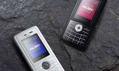 AUX M888 Mobile Phone by designMADI_03